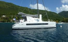 Catana 42 Owner version :  Martinique anchorage